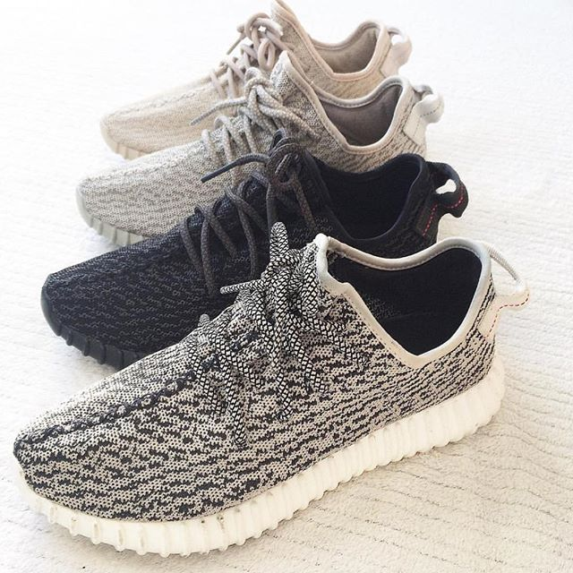 a58a710bf Even The Biggest Sneakerheads Can't Tell Fake Yeezys From The Original\