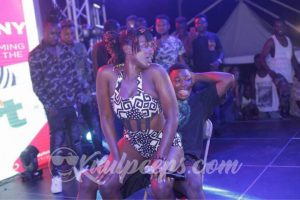 Ebony giving lap dance at Fresh 'A' Fair