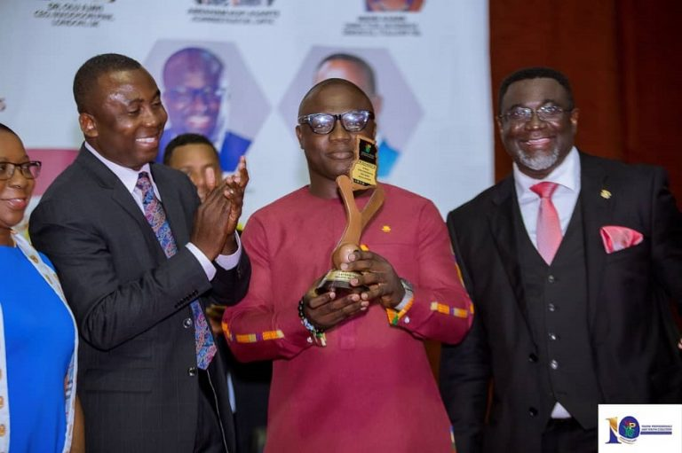 Alfred Ocansey wins Young Professionals Role Model Award