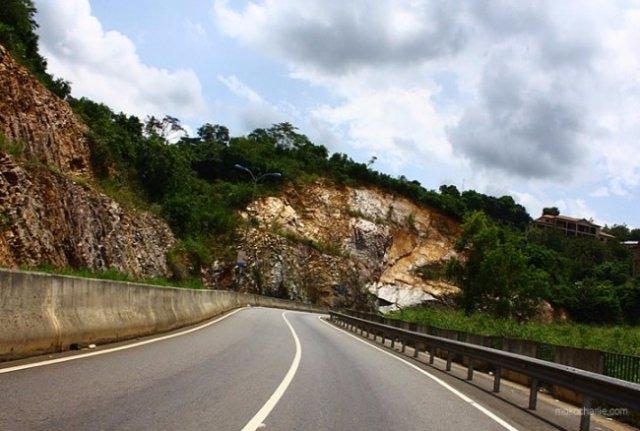 Peduase-Ayi Mensah road