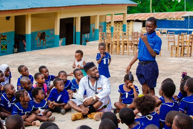 Fuse ODG at his school