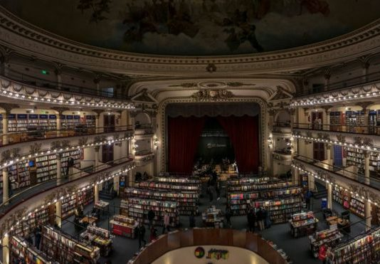 Ricardo Valero was caught shoplifting from the El Ateneo Grand Splendid in Buenos Aires (Getty Images)