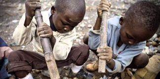 Apple, Google, Microsoft, Dell and Tesla are sued over alleged child labour in Congo (photo: Fairplanet)
