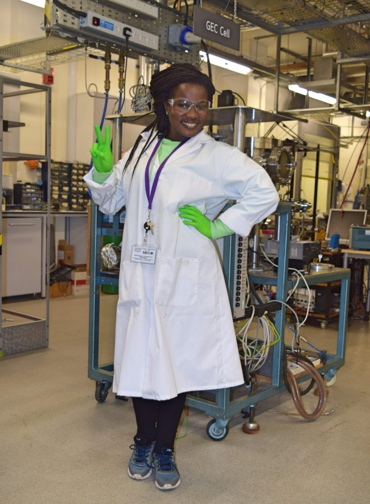 Lois Damptey in the lab